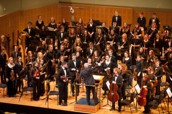 IAYO Festival Orchestra 2015 conducted by Robert Houlihan