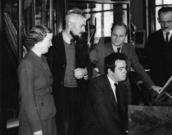 Olive Smith, composers Brian Boydell and John Beckett (seated), conductor Otto Matzerath and Liam Gogan of the National Museum – assessing the Ferdinand Weber harpsichord in 1950.
